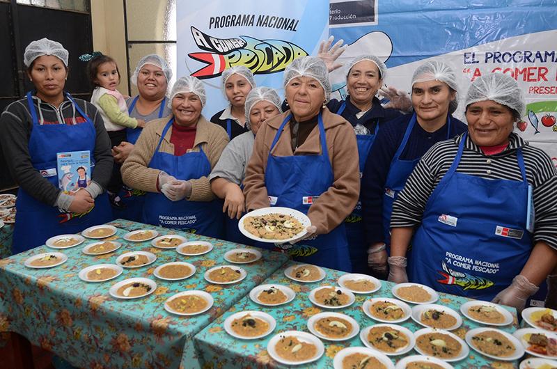 Más de 1,900 madres de comedores participaron en talleres de educación alimentaria